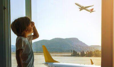 Autorização de viagem para menor: tudo o que você precisa saber